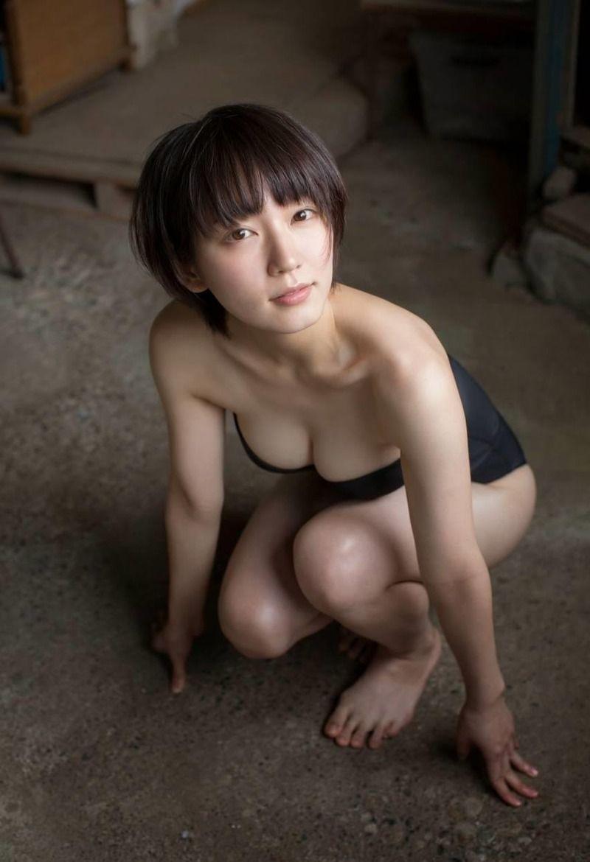 【清純派女優】吉岡里帆が水着グラビアで魅せる!エロカワ画像まとめ