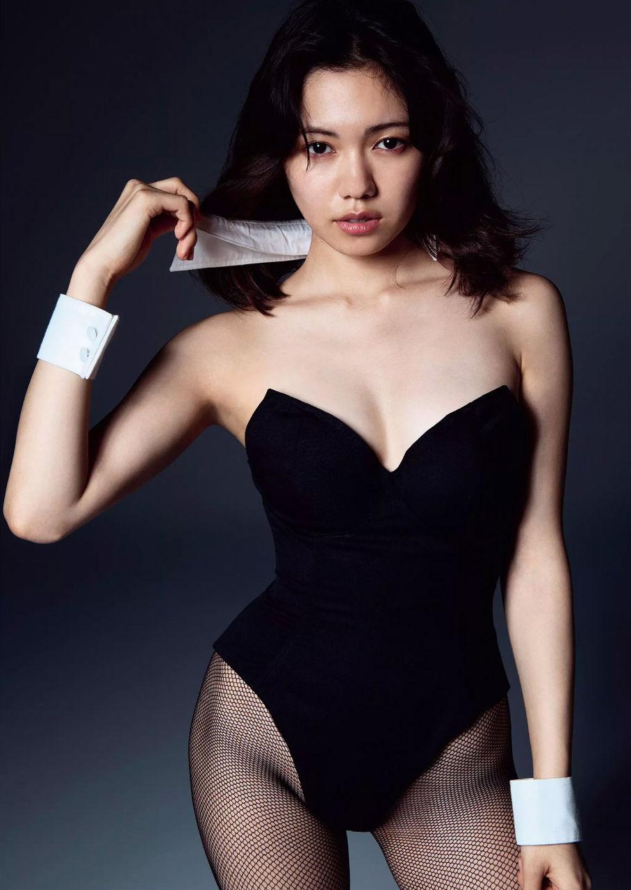 女優・二階堂ふみのDカップ水着グラビアがエロい!画像まとめ
