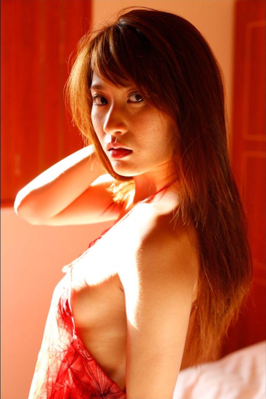 グラビアアイドル・山口沙紀のDカップ水着グラビアがエロい!画像まとめ