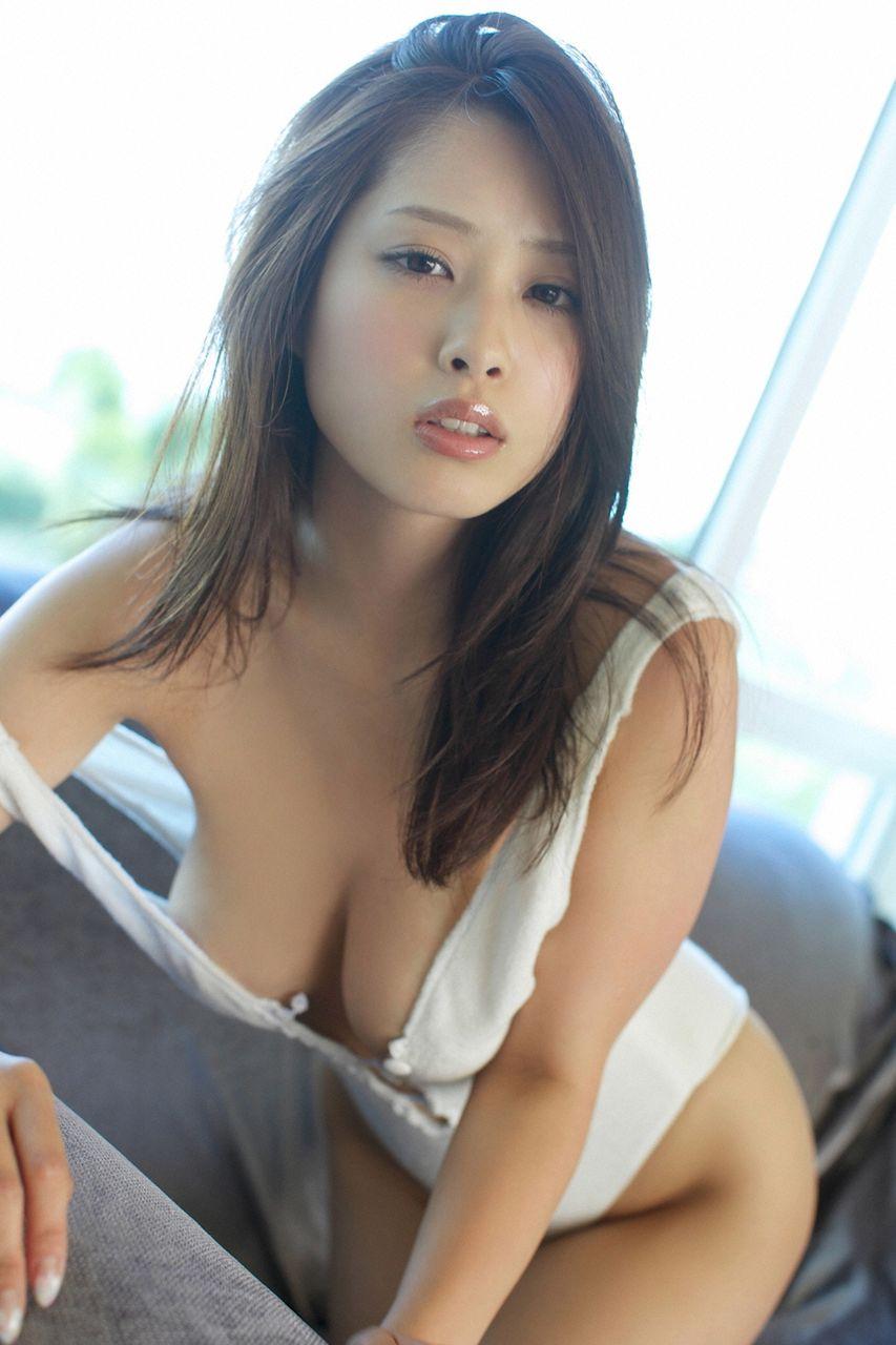 グラビアアイドル・野田彩加のむっちりFカップ水着グラビアがエロい!画像まとめ