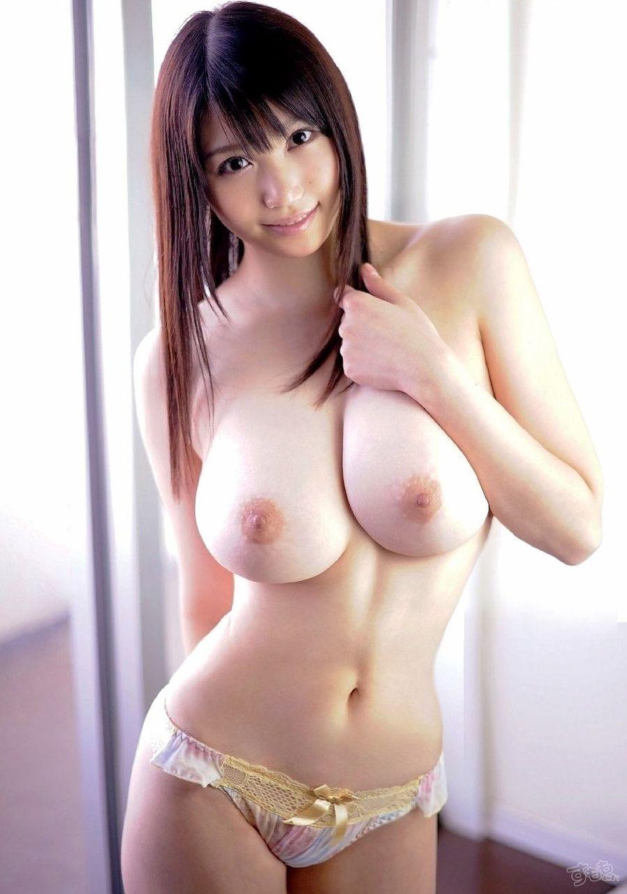 美乳エロ画像まとめ(20枚)