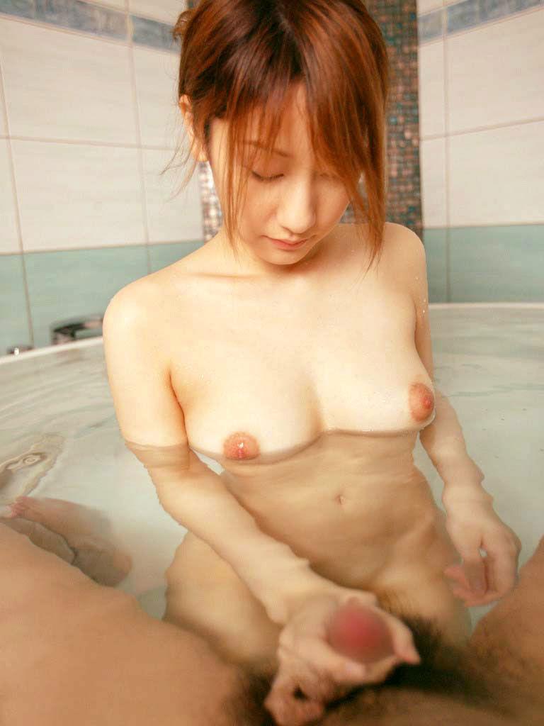 美乳エロ画像まとめ3(25枚)